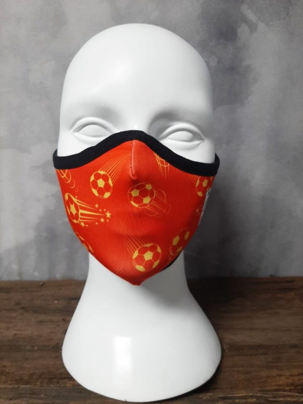 Red devil comfortable extended wear mask